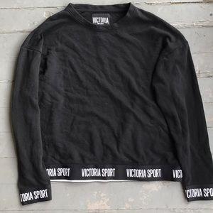 Victoria Sport crew neck pullover sweater medium